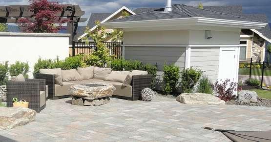 Terrassenboden Das Richtige Material Lagerhaus Landforst Garten